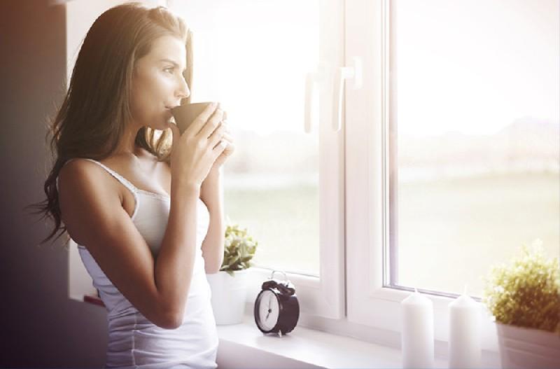 Infissi in PVC, legno o alluminio. Cosa scegliere per mantenere la tua casa fresca anche d'estate? - Blog - Chiaravalli dal 1908 - Milano